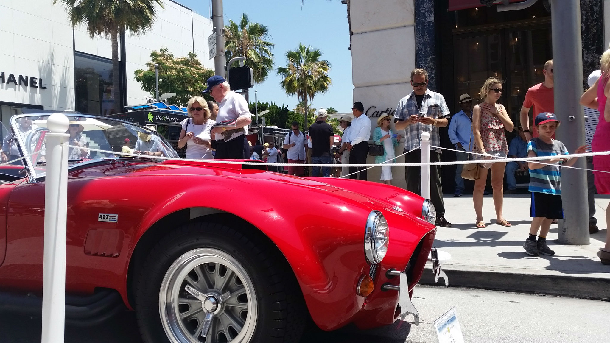 PARKING ON GRASS IS THE RODEO DRIVE CONCOURS DELEGANCE THE BEST - Beverly hills car show